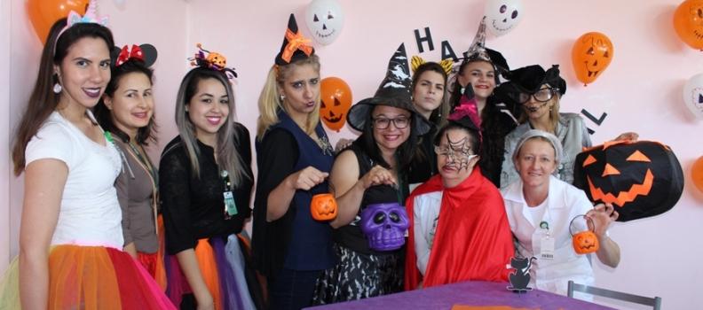 Saúde Mental do HMGV promove Festa de Halloween alegre e descontraída