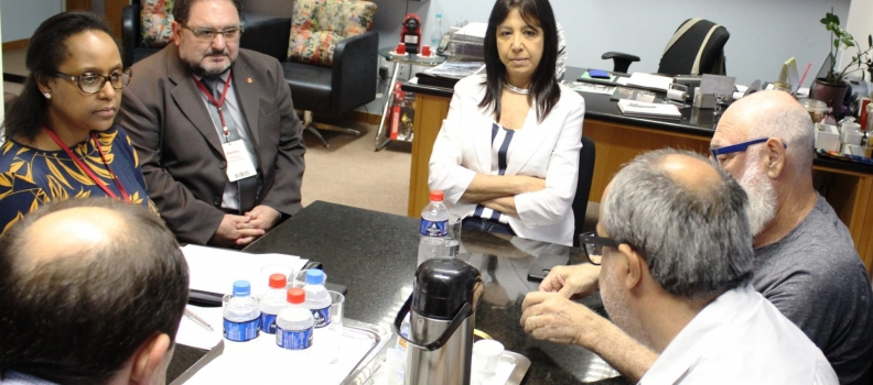 Direção da FHGV reúne-se com representantes do Simers