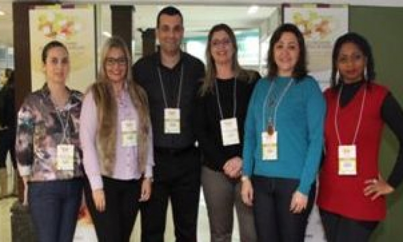 Equipe de trabalhadores da FHGV participa de Encontro de Controle de Infecção em Gramado
