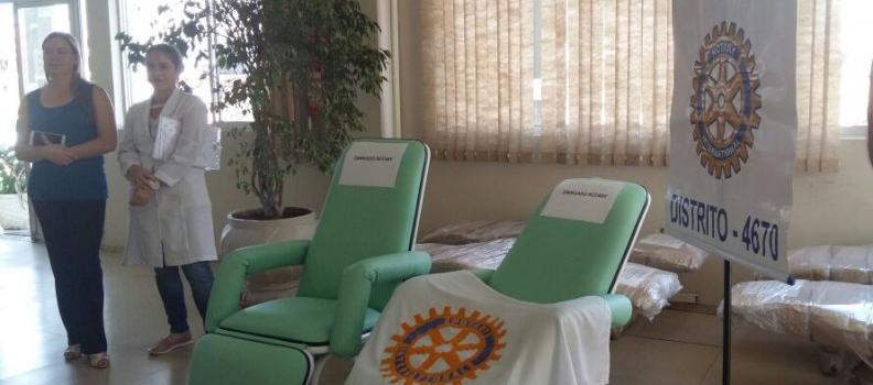 Hospital Tramandaí recebe doação de poltronas