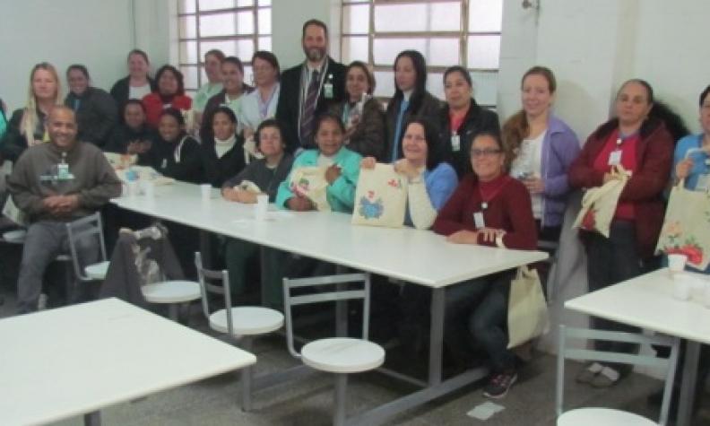 Aula prática e café de confraternização encerram I Encontro de Higienização do HMGV