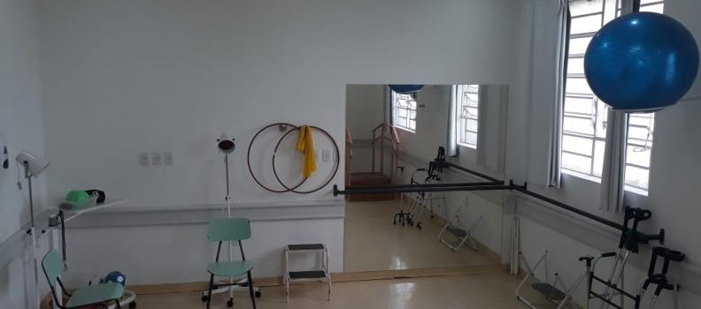 Sala de Reabilitação do HMGV recebe novos aparelhos